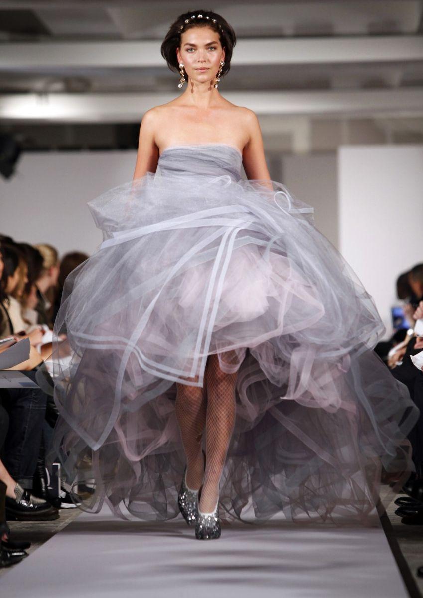 Oscar de la Renta fall winter 2012 ball gown