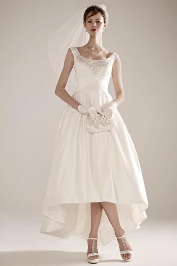 13 stunning destination wedding dresses sandals wedding blog for Oleg cassini wedding dress tea length