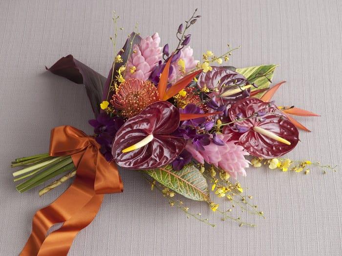 Bouquet: tropical pinkredfuschia