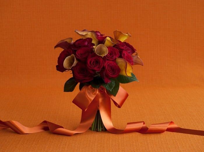 11046_34_18Roses8MCL_Red_Orange_534-2