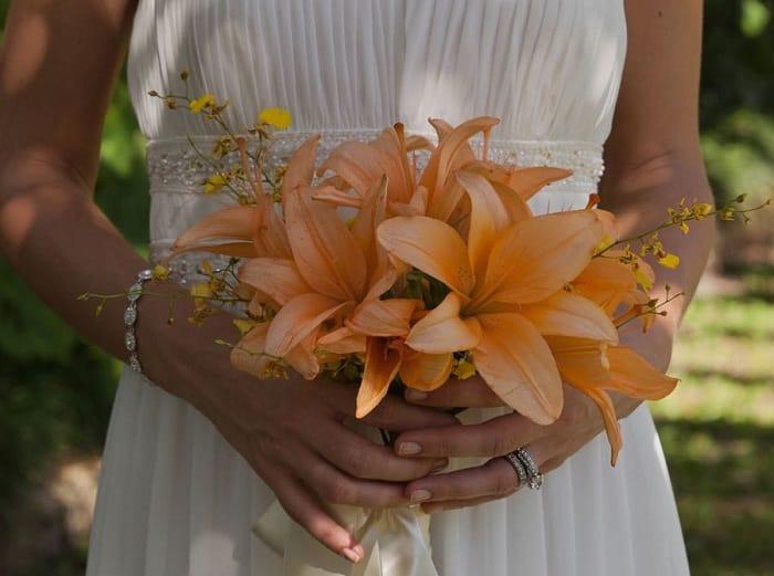 20 Fall Wedding Bouquets For Destination Weddings