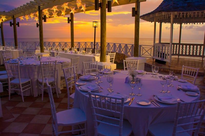 5 Twilight Weddings Tips You Haven\'t Considered - Sandals Wedding Blog
