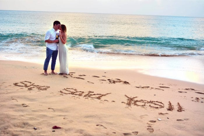 Marriage-Proposals-at-Sandals-Resorts_9-copy-1-1-700x467