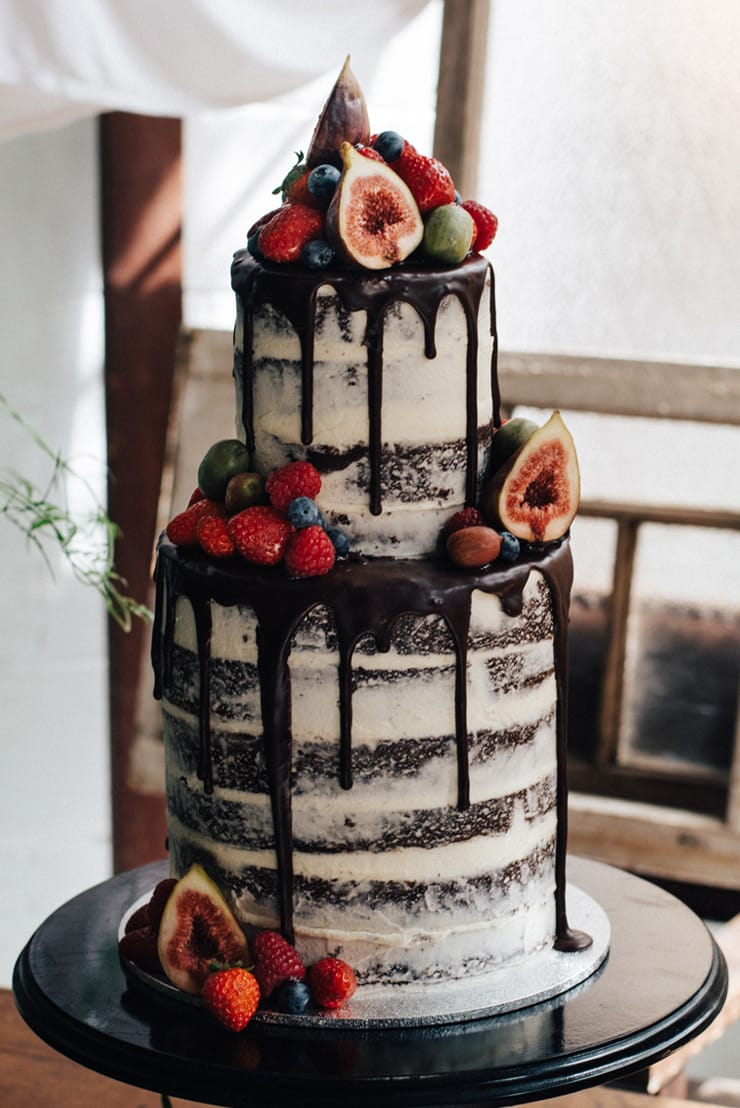 chocolate-wedding-cake-fruit-topper