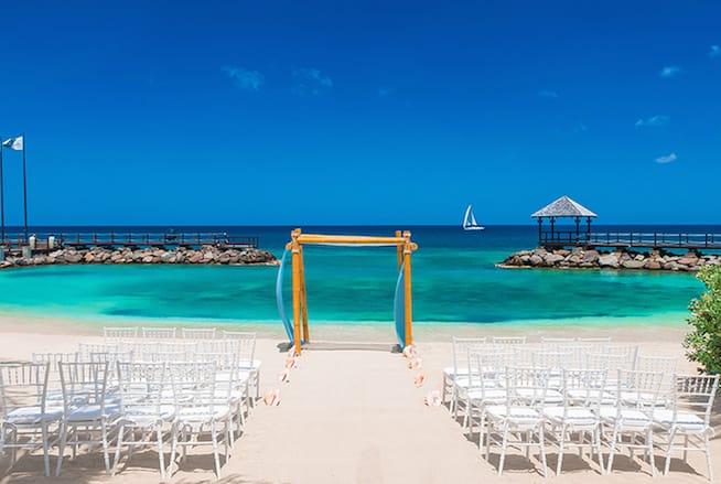destination wedding timeline
