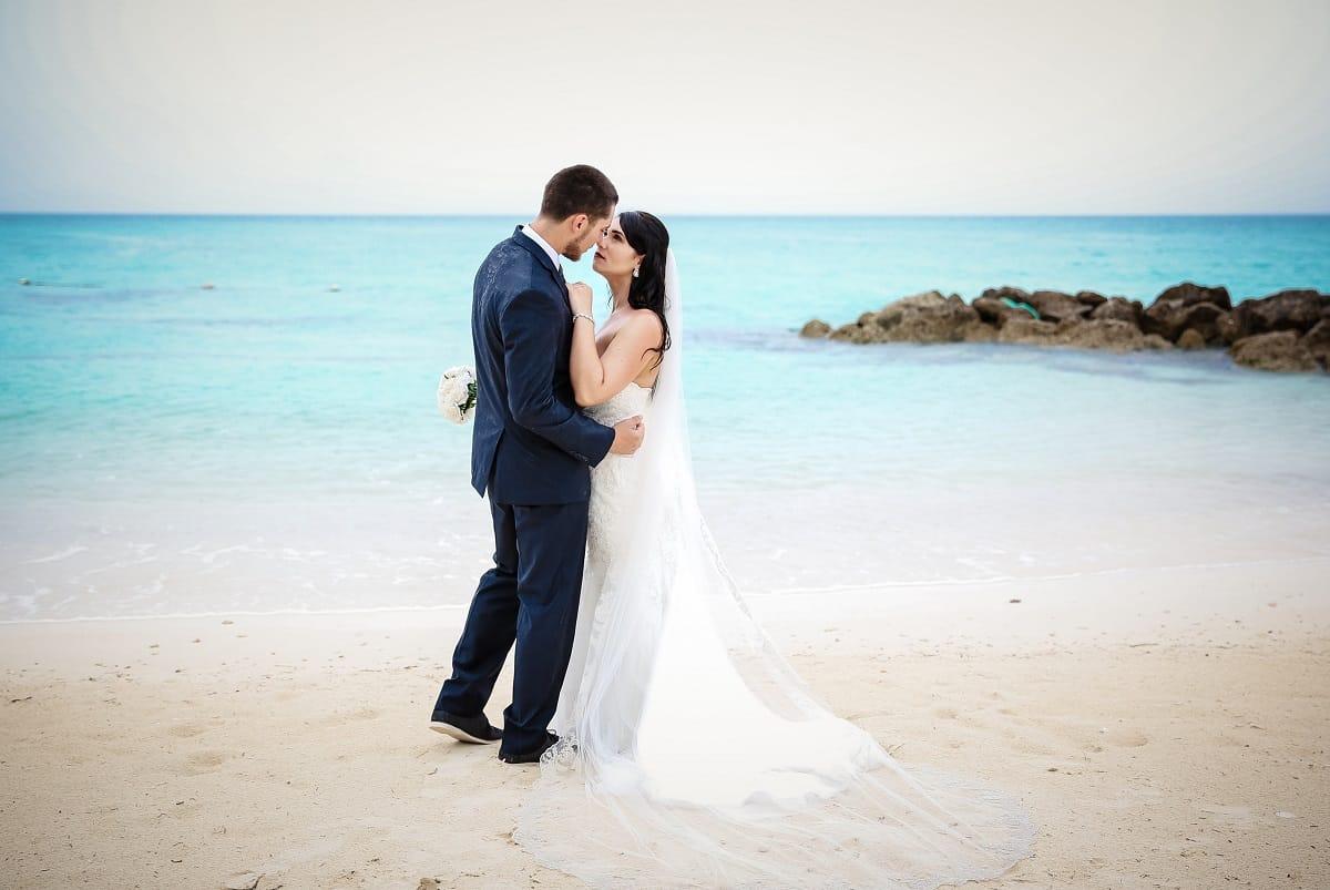 Sandals Real Wedding Cody Megan S Elopement At Royal Bahamian