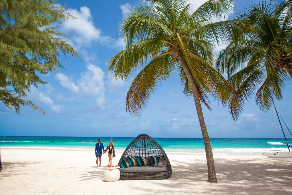 Choose the perfect wedding date and enjoy exceptional beach weather